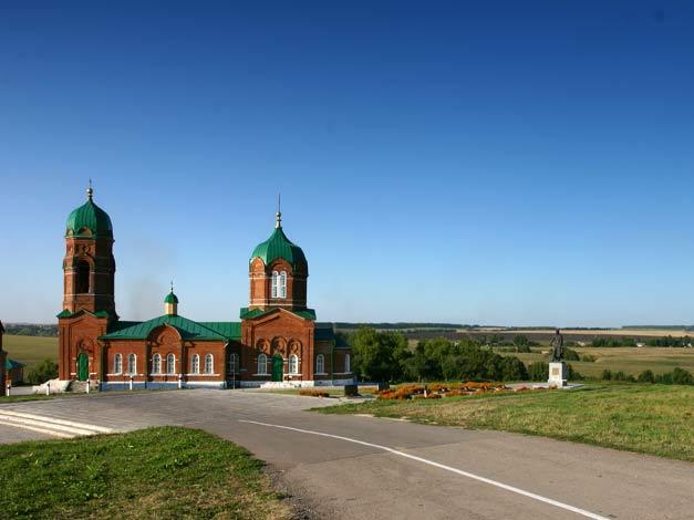 Храм Рождества Богородицы в с. Монастырщина, Куликово поле