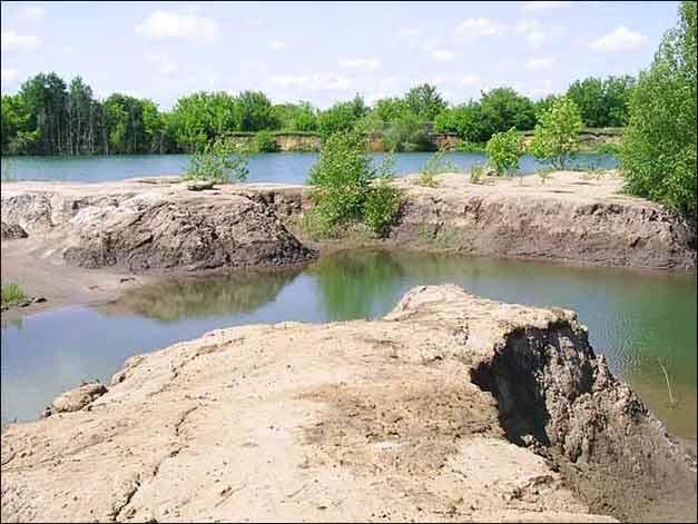 карстовое озеро в долине Верхнего Дона, Тульская область